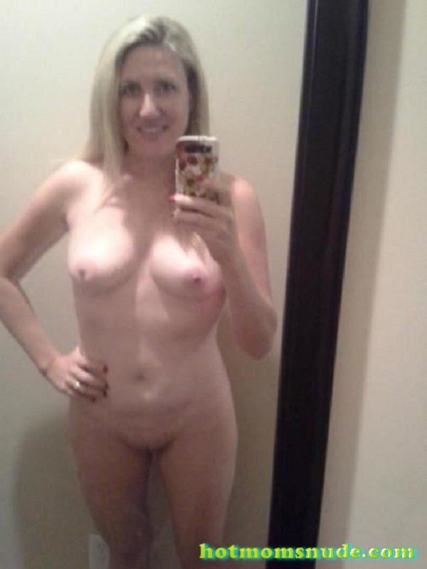 Nude Mom Selfies-5754