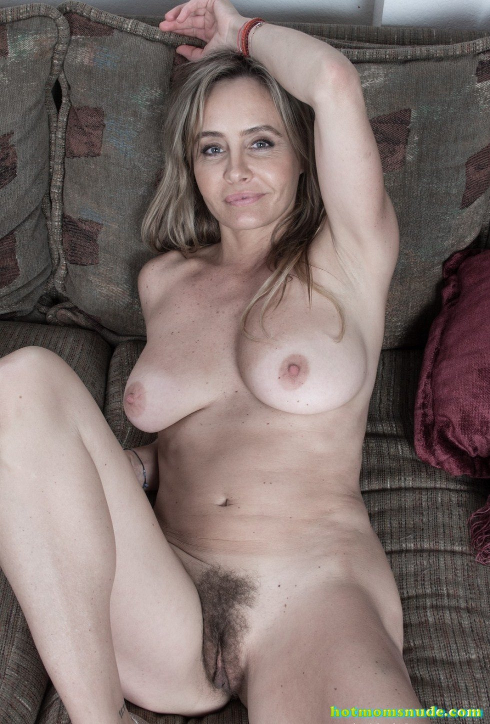 Sarah Michaels Nude Pics And Biography - Hot Moms Nude-5018