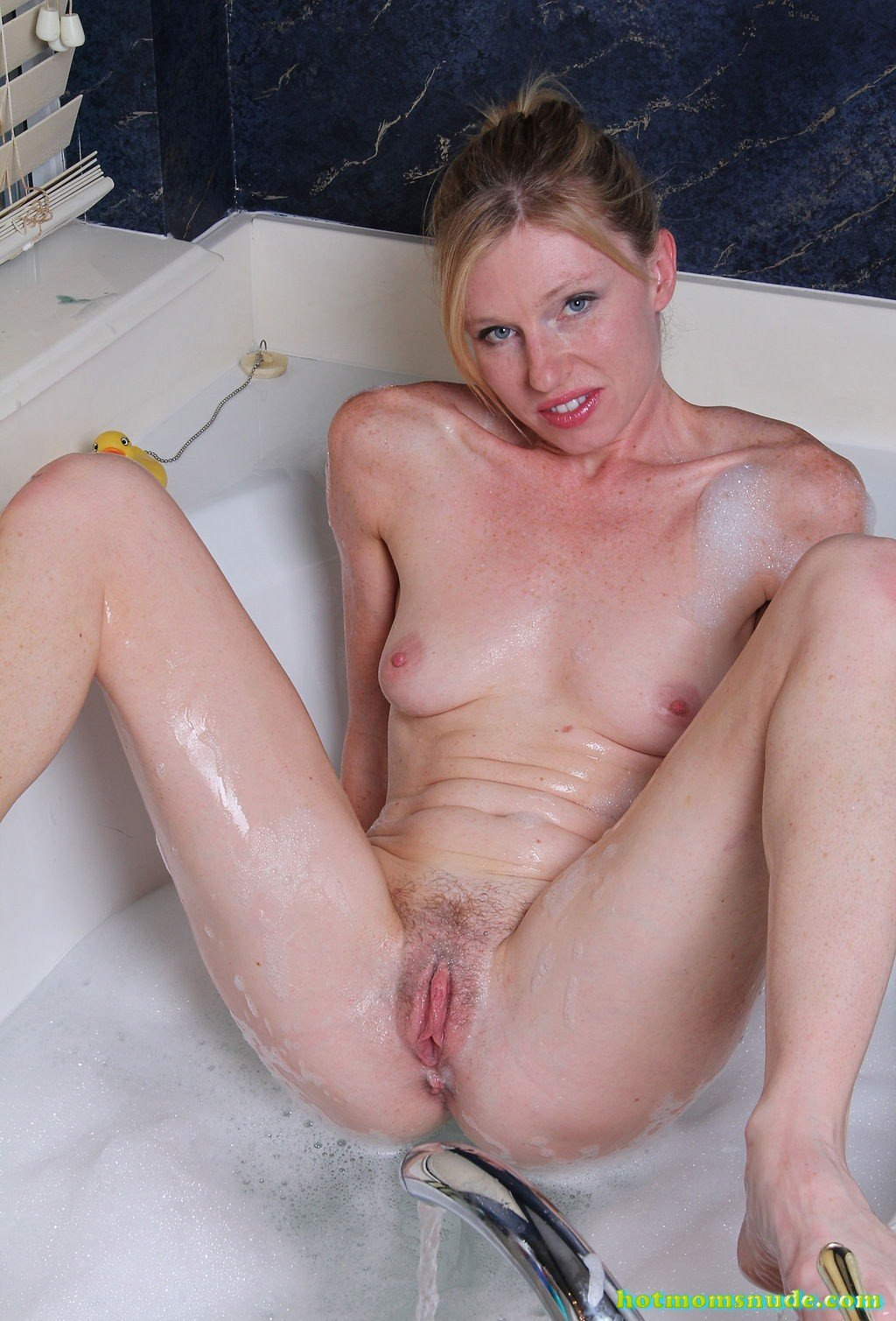 Tommi,Lacey Nude Pics And Biography - Hot Moms Nude-7347
