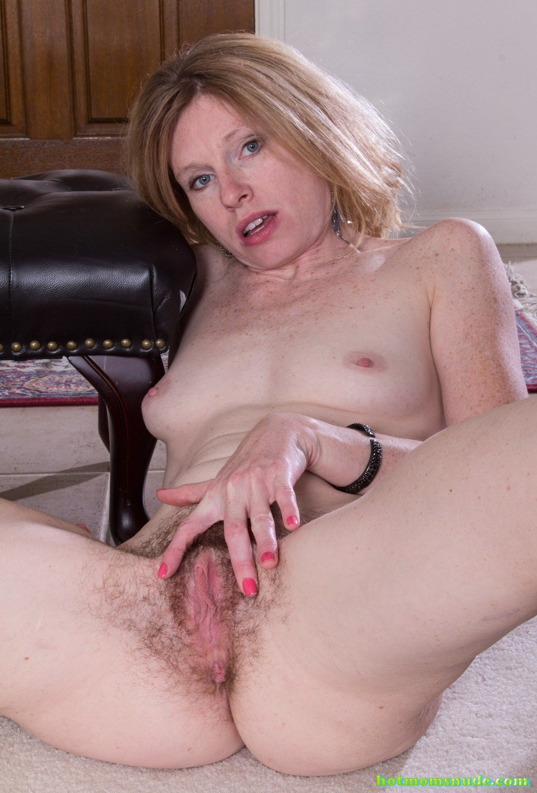 Tommi,Lacey Nude Pics And Biography - Hot Moms Nude-1330