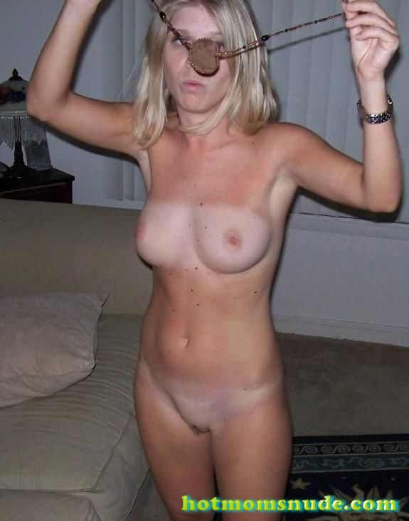 nude real milfs (105)