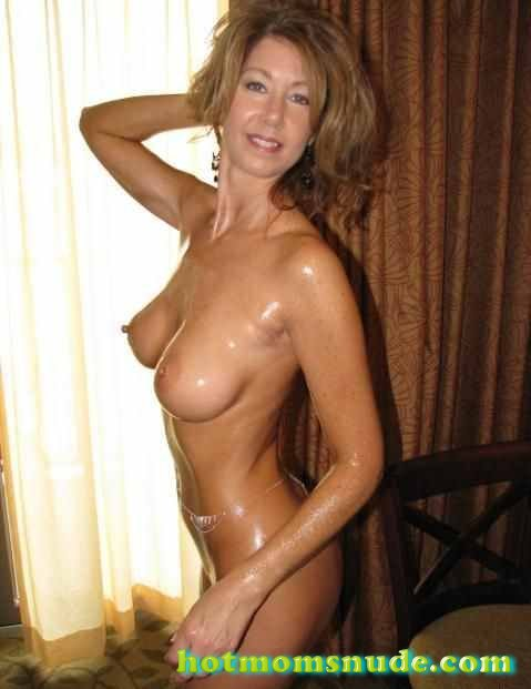 nude real milfs (106)
