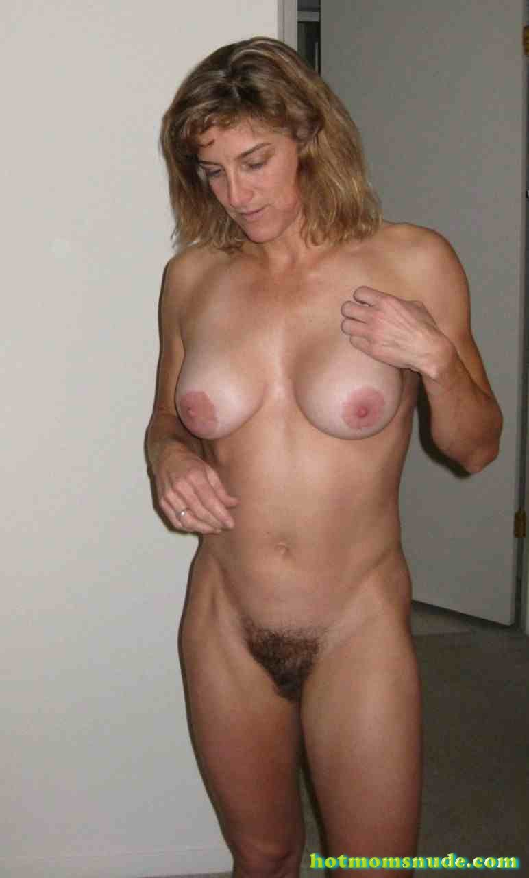 nude real milfs (73)