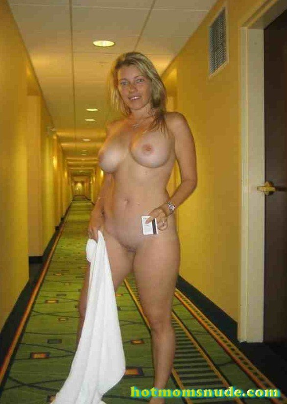 nude real milfs (86)