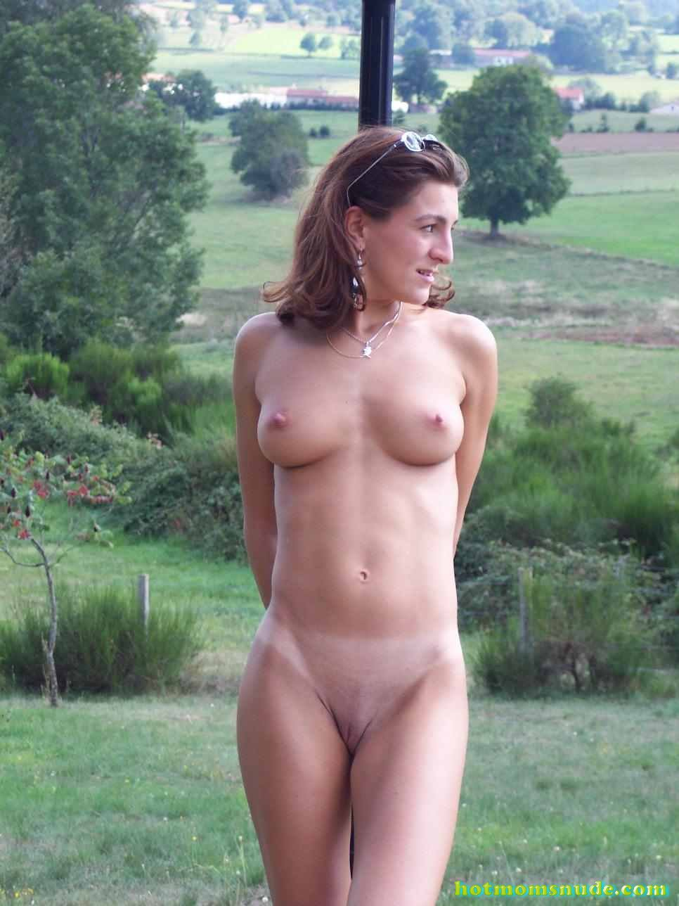 nude real milfs (99)
