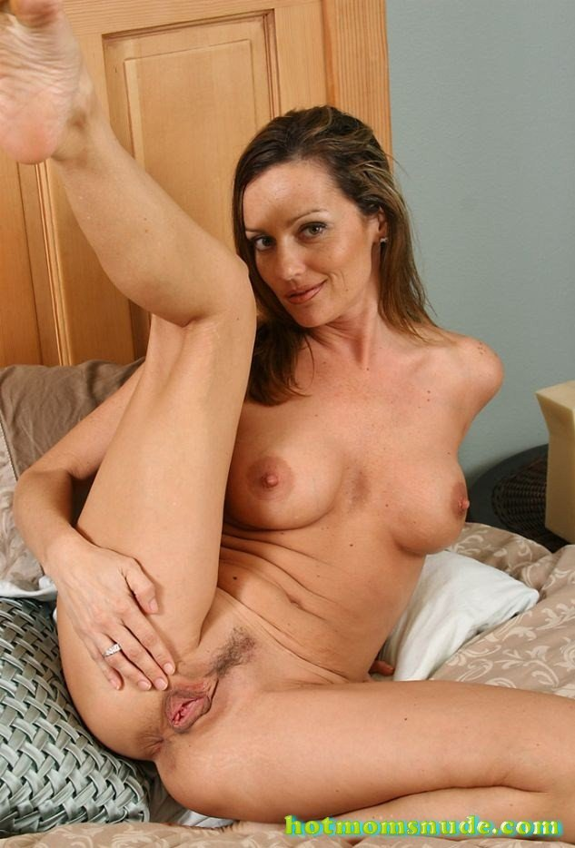 Hot Lauren V Nude Pics And Biography - Hot Moms Nude-7845