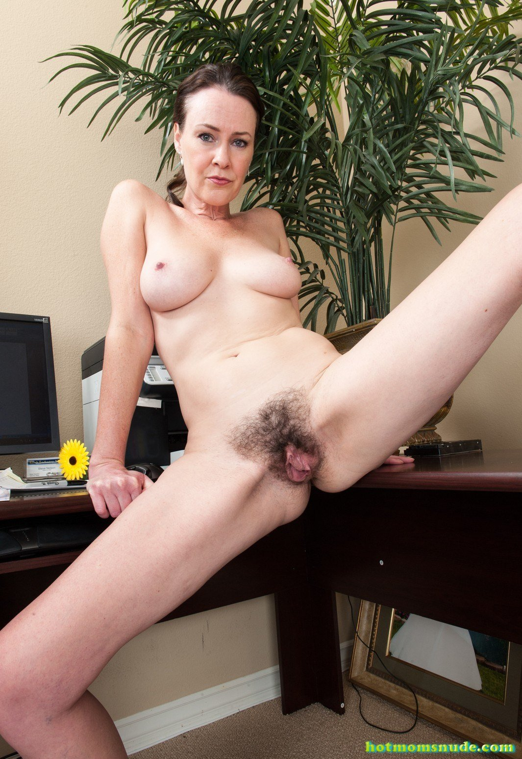 Veronica Snow Nude Pics And Biography - Hot Moms Nude-7751
