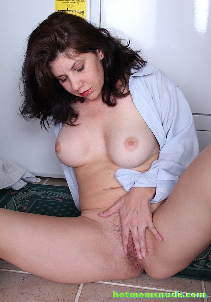 Arden Delaney Nude Pics And Biography-9651