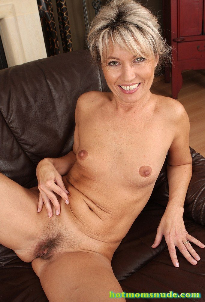 Janet Darling Nude Pics and Biography - Hot Moms Nude-2991