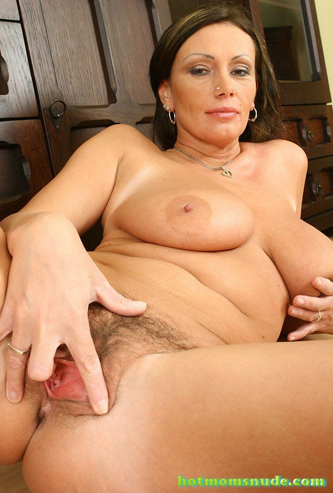 Milf Pandora Nude Pics And Biography-1290