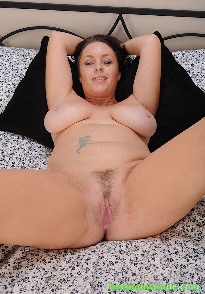 Tamara Fox nude pics and biography