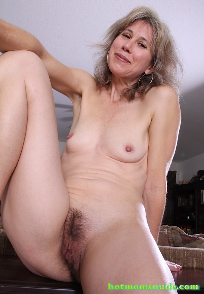 old-hairy-nude-models